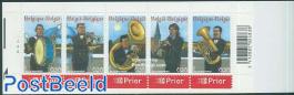 Music bands 5v in booklet