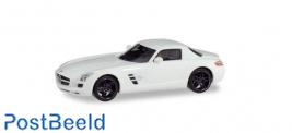 Mercedes-Benz SLS AMG - White with Black Rims