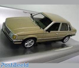 Opel Senator A 1978, gold