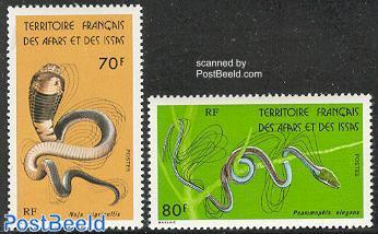 Snakes 2v