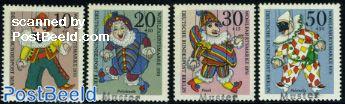 Puppets on a string 4v SPECIMEN