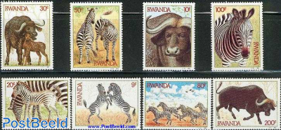 Animals 8v